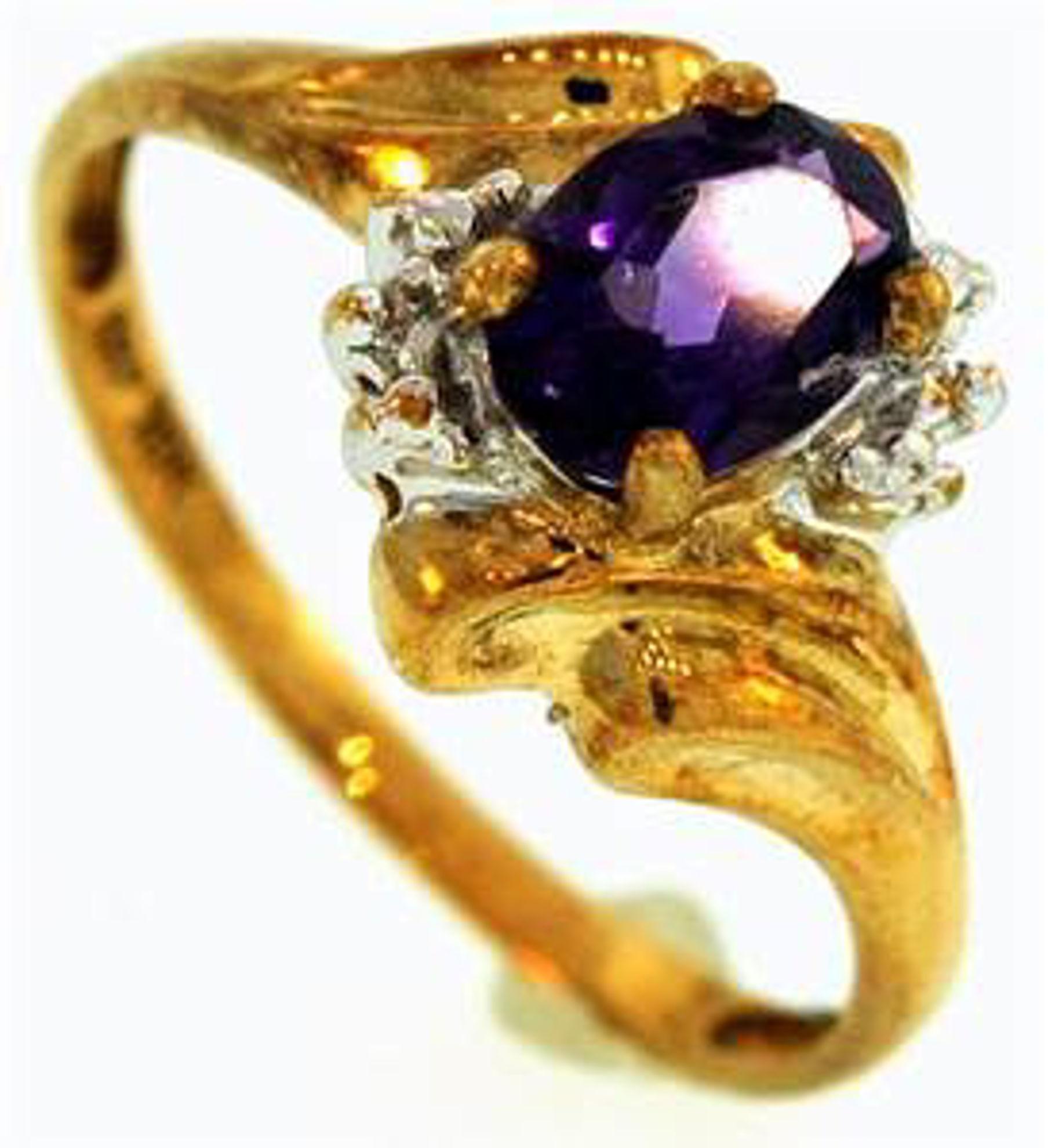 Picture of Ladies' Rings 10kt-1.0 DWT, 1.6 Grams